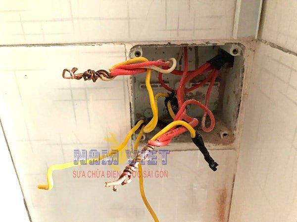 Mối nối điện không an toàn dẫn đến mất điện