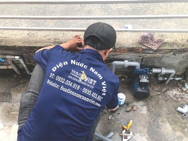 Lắp máy bơm nước tại quận 7