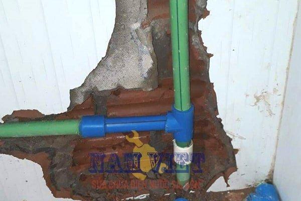 Sửa ống nước nóng tại quận 8