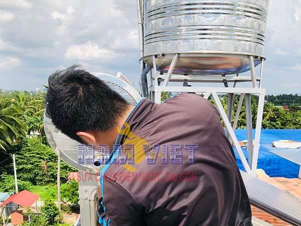 Sửa ống nước nóng tại quận 11