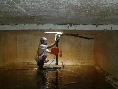 Dịch vụ vệ sinh bồn nước - bể nước ngầm tại tphcm