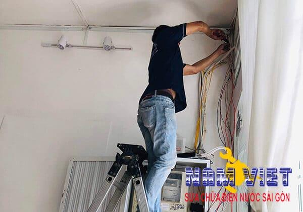 Thợ sửa điện tại quận 10