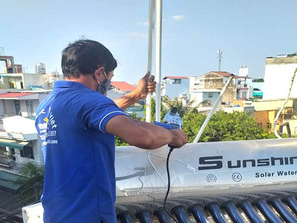 Thợ hàn ống nước nóng tại quận 9