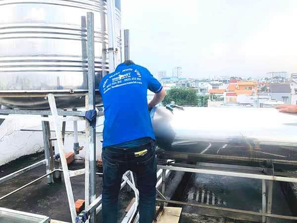 Sửa đường ống nước nóng lạnh tại nhà