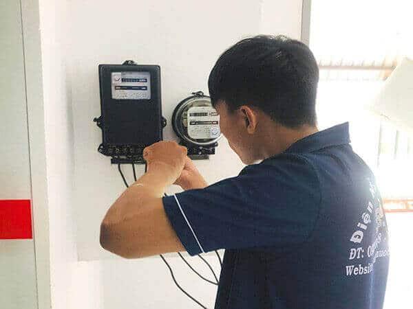 Lắp đồng hồ điện tại quận Tân Bình