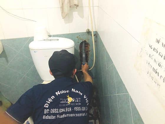 Sửa đường ống nước tại quận 2