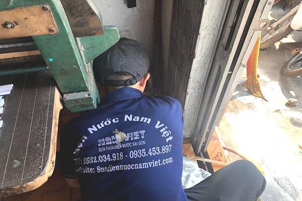 Sửa nghẹt ống nước thải